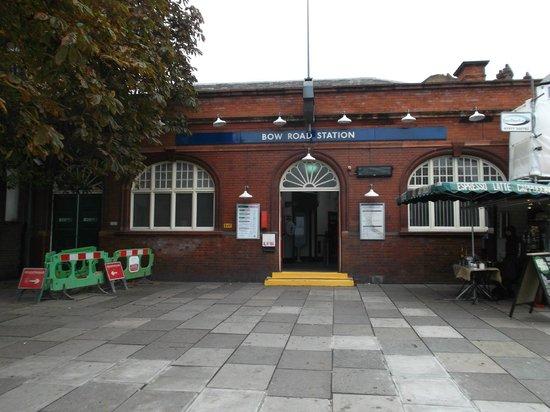 CityLodge London: Londres, Inglaterra, Kings Arms Guest House. Estación Bow Road.