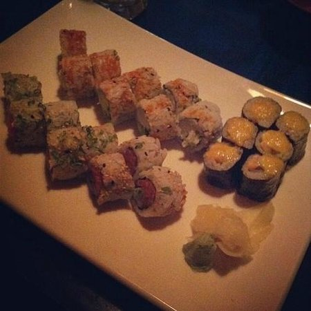 Sushi Yoshi Chinese Gourmet Hibachi Steakhouse: Spicy Combo Dinner: delicious!