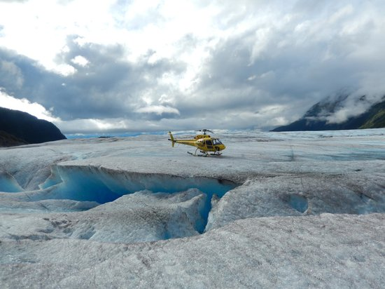 M & M Tours: Touchdown on the Glacier
