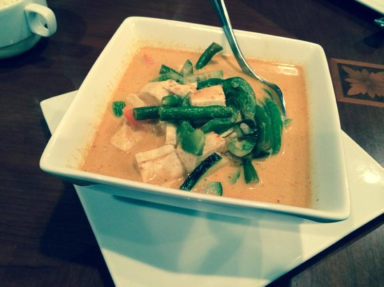 Khao Tip: Red Curry with Tofu