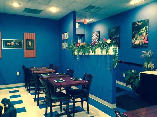 Khao Tip: Dining Room
