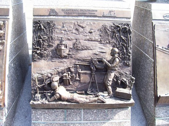 United States Navy Memorial and Naval Heritage Center : River Operations - Vietnam