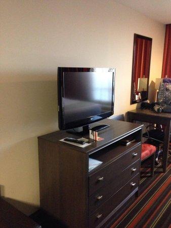 Holiday Inn Amarillo West Medical Center: Flat screen tv