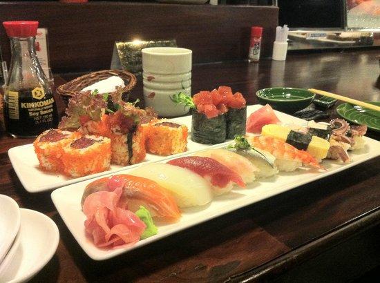 The Sushi Bar 3 : Selection of Sushi