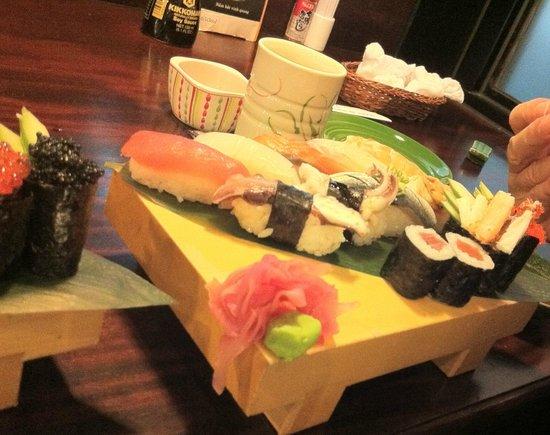 The Sushi Bar 3 : Variety of Sushi