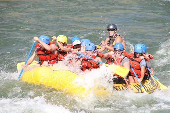 Montana Whitewater Rafting and Zipline on the Yellowstone River: Fun times on the Yellowstone River