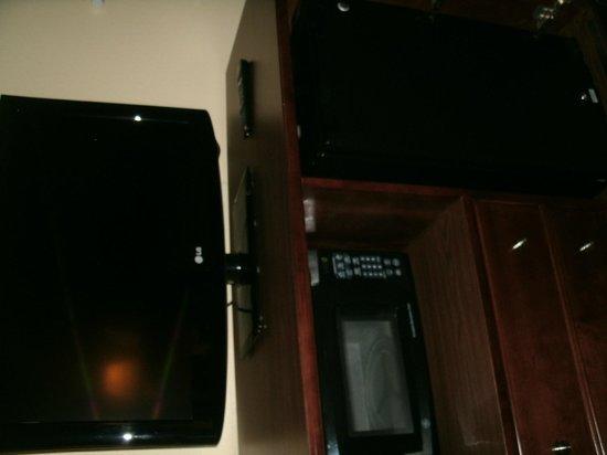 Comfort Inn : TV area