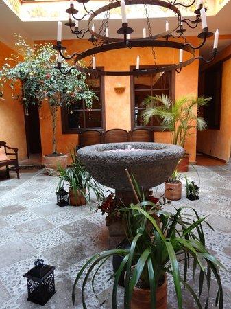Hotel Casa del Aguila: Lobby