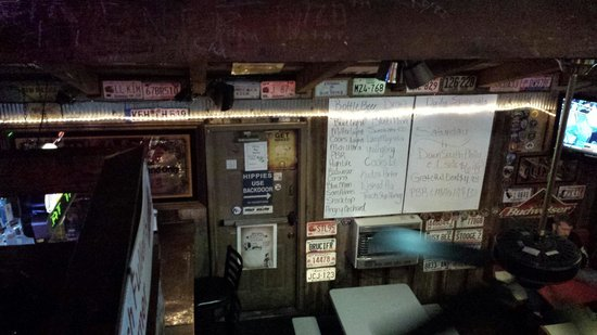 Cooter Brown's Rib Shack: View from the seating upstairs