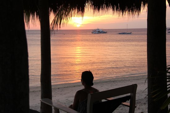 Coco Grove Beach Resort: BEAUTIFUL SUNSETS