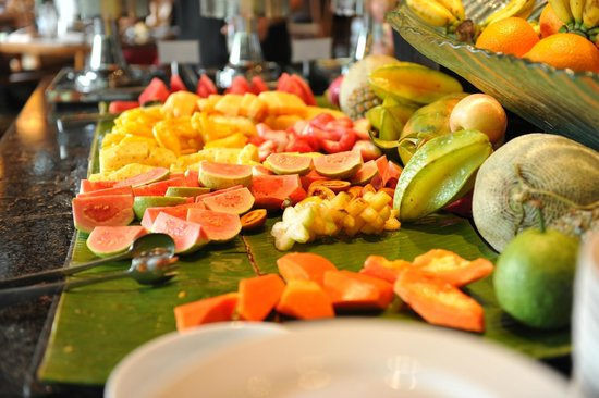 The Laguna, a Luxury Collection Resort & Spa: Fruit