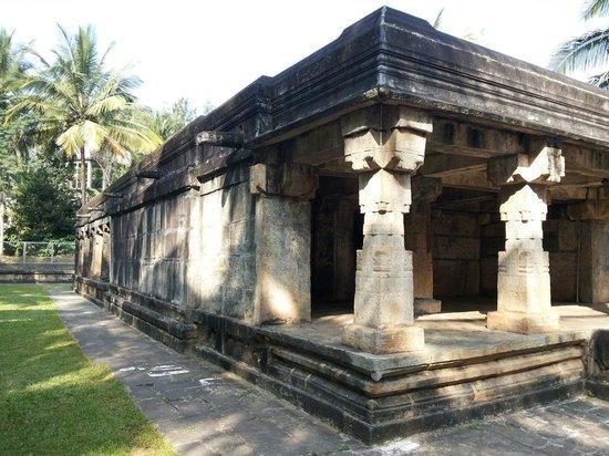 Panamaram Jain Temple