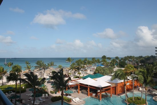 Marriott's Aruba Ocean Club: View from terrace of 5487