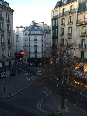 Hôtel Relais Saint Germain : view early in the morning