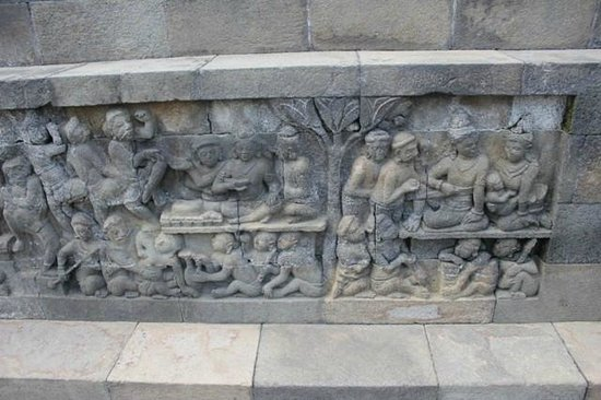 Borobudur, Indonesia: Few remaining Kamasutra images