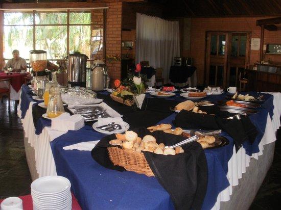 Latino Hotel : el desayuno pobre, y la comida era muy basica