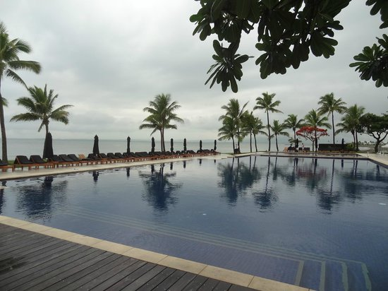 Hilton Fiji Beach Resort & Spa: One of the 7 pools