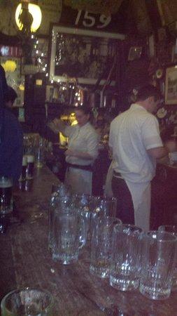 McSorley's Old Ale House: barkeeps