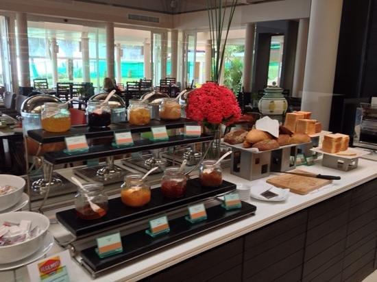 Amari Phuket: Breakfast buffet