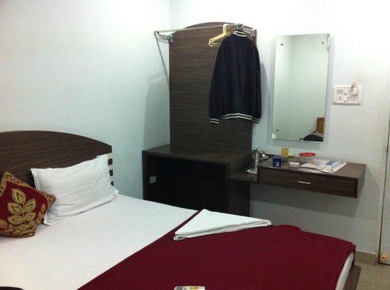 S.Y.N.Residency: Room