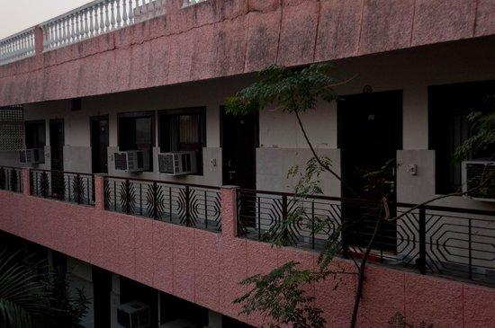 Hotel Sidhartha : Hotel Rooms.