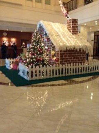 Saigon Prince Hotel : ロビーのクリスマス