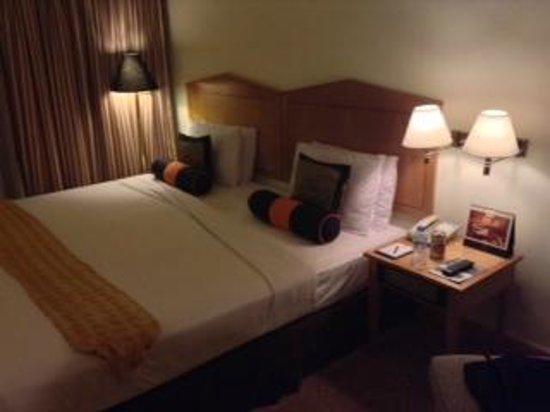 Saigon Prince Hotel : 寝心地良いベッド