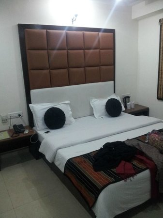 FabHotel Mohan International Paharganj: Hotel Room.
