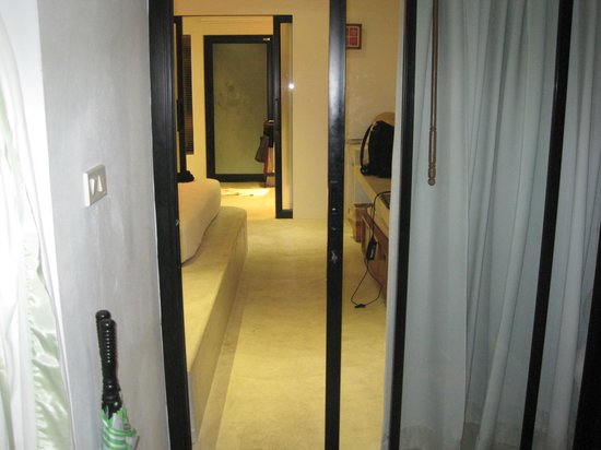 Mimosa Resort & Spa: room view - jacuzi lover