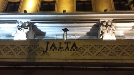 Jalta Boutique Hotel : Jalta front entrance