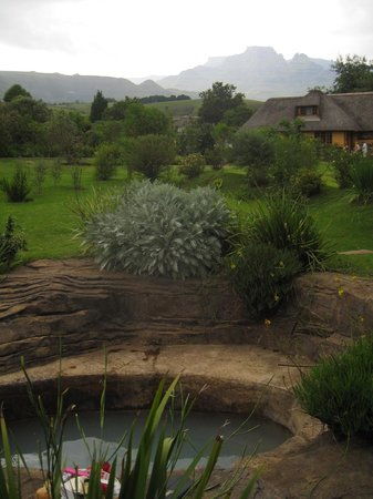 Inkunzi Cave & Zulu Hut: Private Rock pool attached to the Diddley Squat