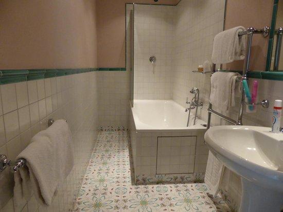 Hotel Palazzo Guadagni: Very nice bathroom