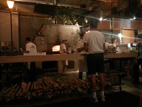 Folino's Wood Fired Pizza: Folino's