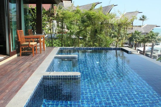 Nora Buri Resort & Spa: our private pool