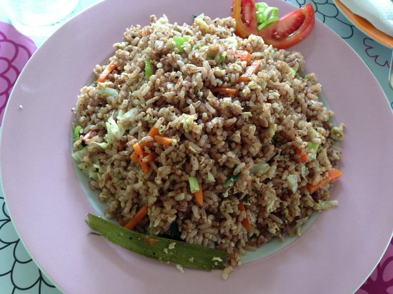 Lemongrass cafe: fried rice & vegetables