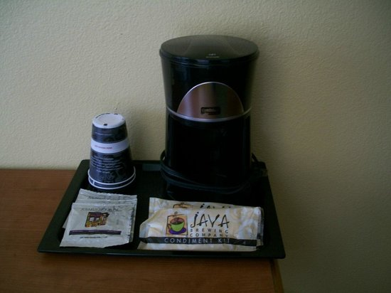Lodge of  Four Seasons: In-Room Coffee