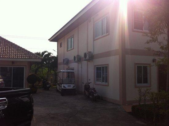 Narnia Resort Pattaya 2: Nick's Resort