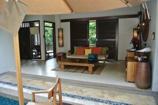 The Banjaran Hotsprings Retreat: villa relaxing area