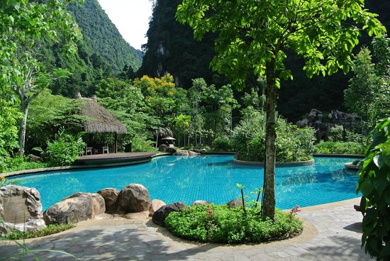 The Banjaran Hotsprings Retreat : swimming pool