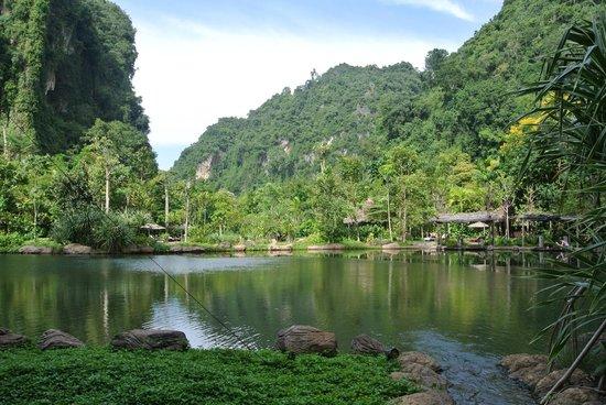 The Banjaran Hotsprings Retreat : hotel views