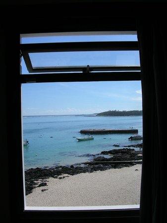 Blue Beryl Guest House : vue de la fenêtre latérale