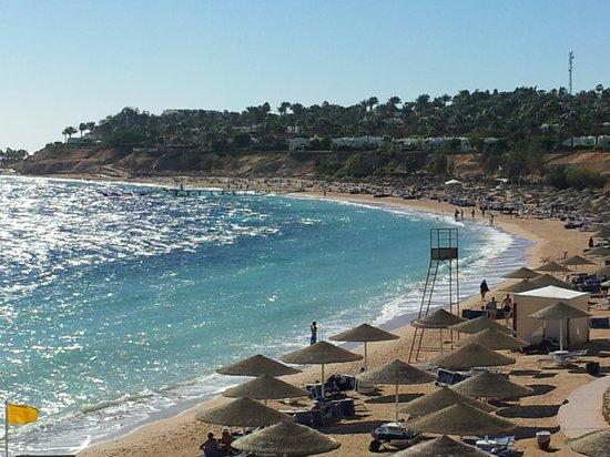 Domina Coral Bay Prestige Hotel : Spiaggia Coral bay