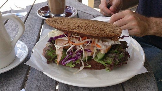 Glenorchy Cafe: Chicken and salad sandwich
