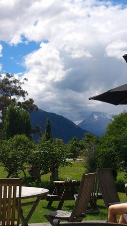 Glenorchy Cafe: The view from our table