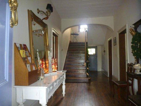The Globe Inn: Entrance