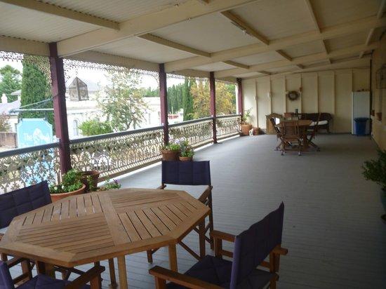 The Globe Inn: Balcony View
