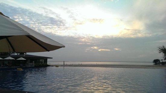 Century Langkasuka Resort: View of the pool