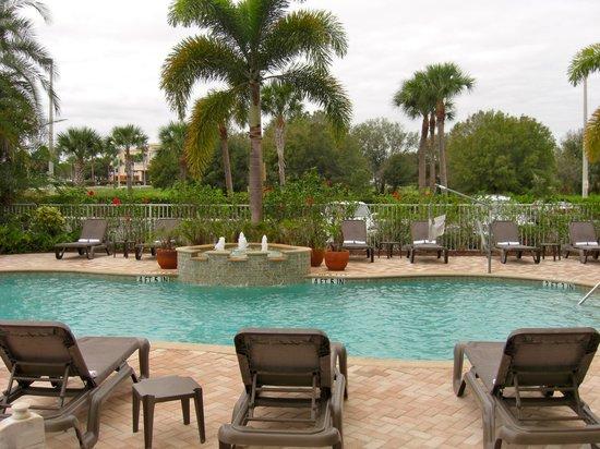 Hampton Inn & Suites Fort Myers - Colonial Blvd: Nice heated pool