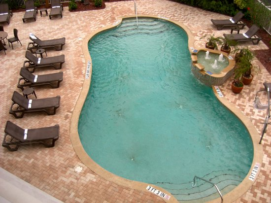 Hampton Inn & Suites Fort Myers - Colonial Blvd: View from our window