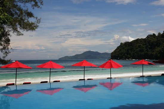 Bunga Raya Island Resort : Swimming Pool